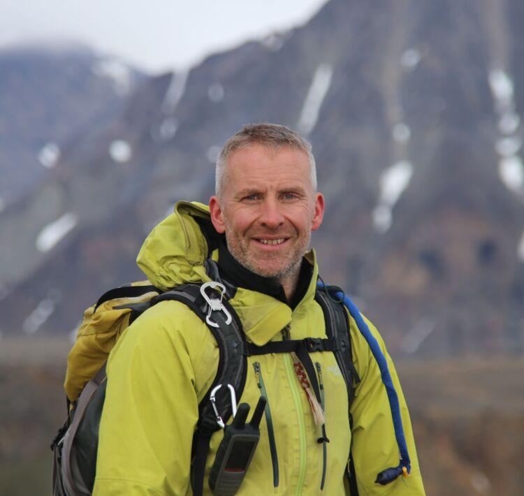Dr. Gordon Osinski (2021 Barringer Awardee)